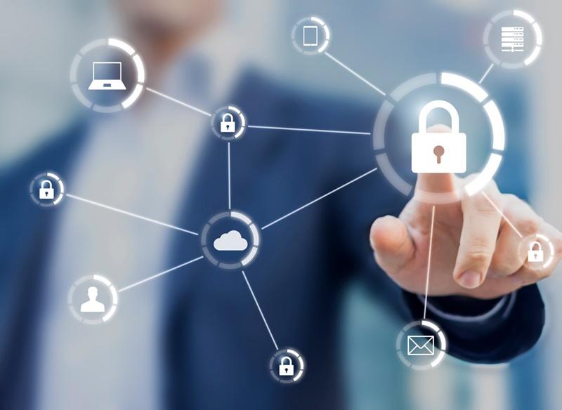 Quais problemas de segurança as organizações devem levar em consideração para proteger seus dispositivos e dados?